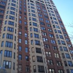 1920's high rise in Lakeview retains most of its original windows