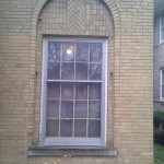 Window with aluminum triple-track